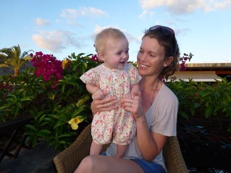 5 ways to maintain a social life as a newbie mum!