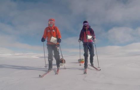 Skiing over Hardangervidda